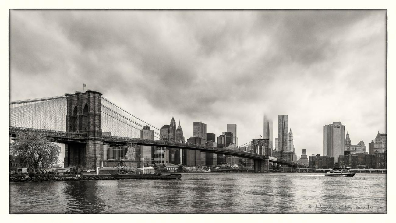 Brooklyn Bridge vue d'ensemble Christian Aussillou Photographe New York Samantha Salloum